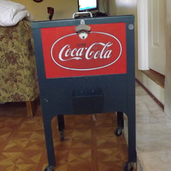Reproduction coca cola cooler