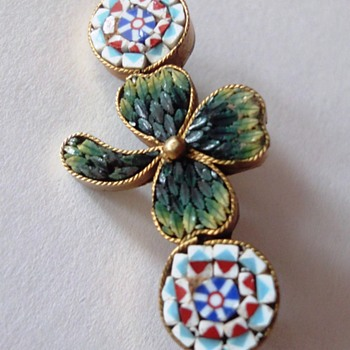 Little Micro Mosaic Shamrock Brooch