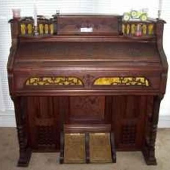 1876 pump organ  - Musical Instruments