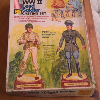 Vintage Rapco WW2 Lead Toy Soldier Set - Toys