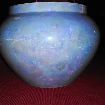 possible lusterware - Art Pottery