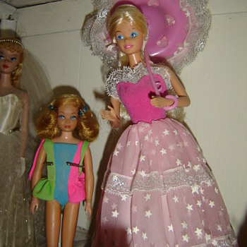 Dream Glow Barbie - Dolls