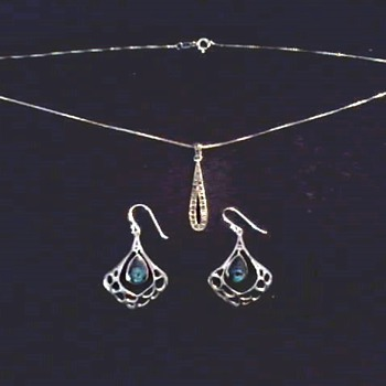 Sterling Silver .925 Pendant and Ear Rings / Circa 20th Century
