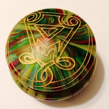 Beautiful Art Glass Powder Box