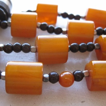 Butterscotch swirl bakelite necklace
