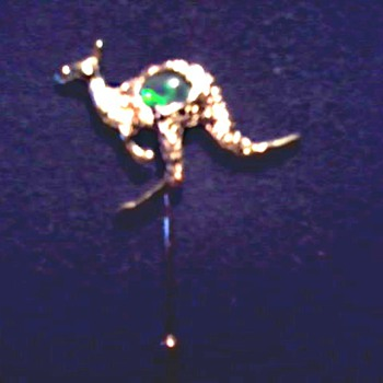 Goldtone Kangaroo Stick Pin / Australian Opal (?) /Unmarked - Costume Jewelry