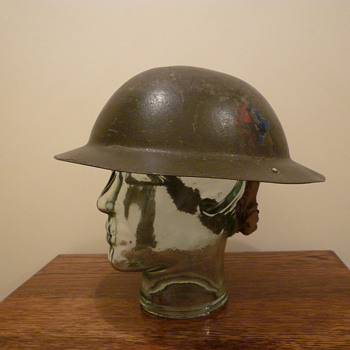 British Expeditionary Force WWII steel helmet. - Military and Wartime