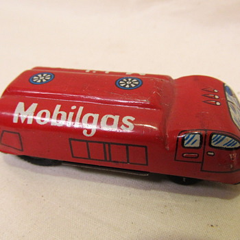 Elvin Japan Vintage  Tin  Mobilgas  Advertisement Friction