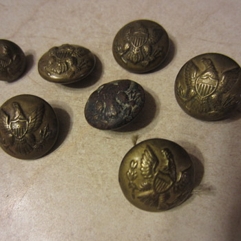 Early Military Buttons- Civil War ? - Military and Wartime