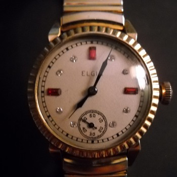 Elgin Watch- garnet and diamond  - Wristwatches