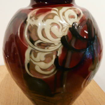 DANICO DENMARK SKNVIRKE VASE.