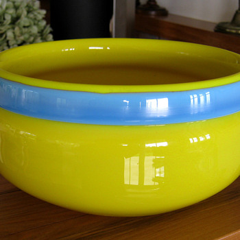 ERIK HOGLUNG GLASS BOWL