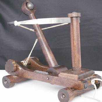 Catapult Pull Toy - Toys