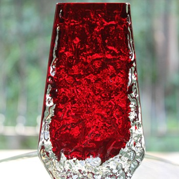 Whitefriars Ruby Coffin Vase