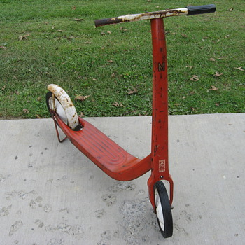 Radio Flyer kick push scooter