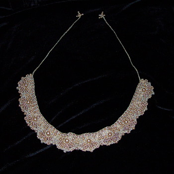 Anitique or Vintage Necklace Wedding?