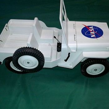 """ G.I. Joe White NASA Willy's Jeep"