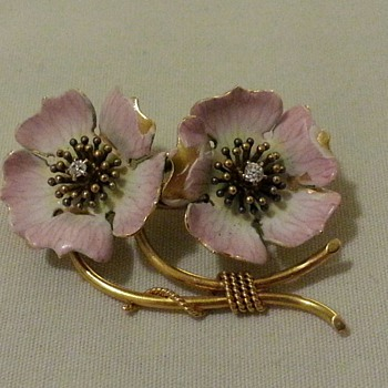 Art Nouveau Pansy Brooch Pin... What a Surprise :)