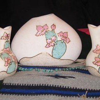 Native American Wedding vases - Art Pottery