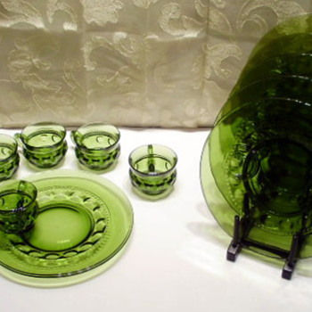 Green Colony Glass Snack Set  - Glassware