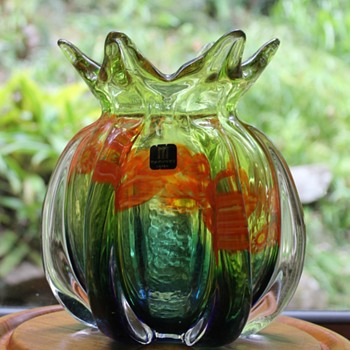 The Marti pineapple vase - Art Glass