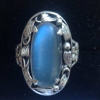 Silver Moonstone Ring ( Bernard Instone ? ) - Art Deco