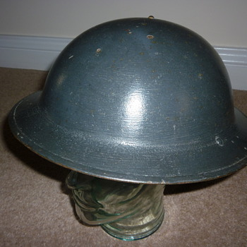 British WW11 Royal Air Force Helmet - Military and Wartime