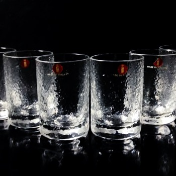 "IITTALA -FINLAND  ""A SET OF 6 SHOT GLASSES"" - Art Glass"