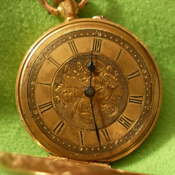 Woman&#039;s gold watch - Pocket Watches