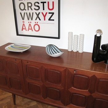 Sideboard set up in the hallway.. (Gustav Bahus, Stig Lindberg, Habitat and Ikea)