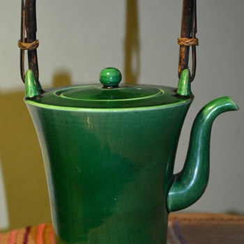 Awaji Teapot - 1900-1920? - Art Pottery