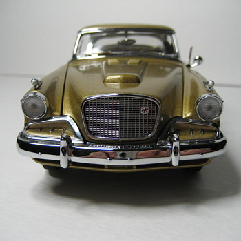 1957 Studebaker Golden Hawk Die-Cast Replica - Model Cars