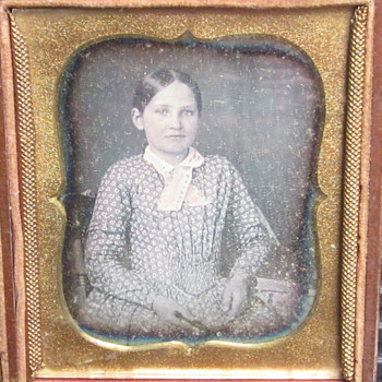Daguerreotype of young Girl - Photographs