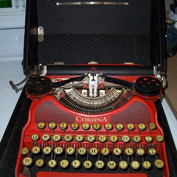 1924 Corona No.4 Red Typewriter - Office