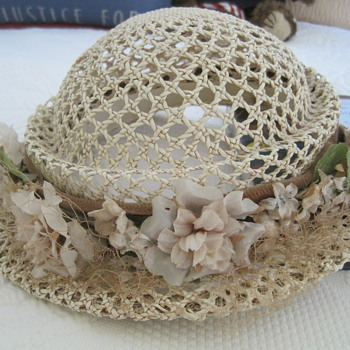 Vintage Hat w/ Flowers Age - Hats