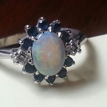 Diamond, Sapphire (?) & Opal white gold ring - Antique?? - Fine Jewelry