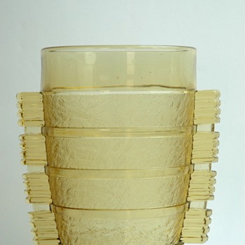 french art deco pressed glas vase by PIERRE  D'AVESN