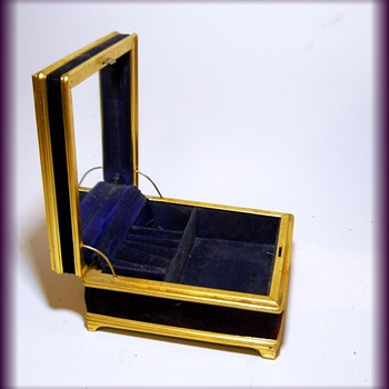 Old Jewelry Case ( Metal, and Velvet ) - Fine Jewelry