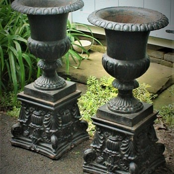 Victorian Cast Iron Garden Urns On Plinths Brimfield Massachusetts - Victorian Era