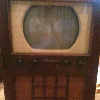 RCA Vicor television 2-T-60