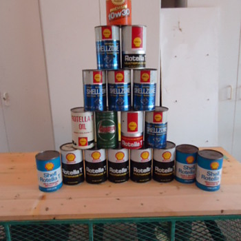 Batch of old stock shell oil cans etc. - Petroliana