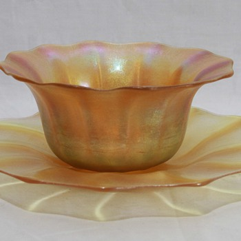 Kew Blas Bowl & Underplate  - Art Glass