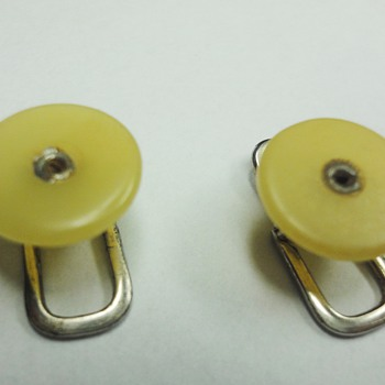 Little 40-50s Bakelite collar studs/cufflinks  - Costume Jewelry