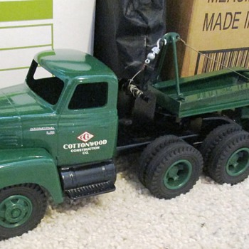 Cottonwood Trucks - Model Cars