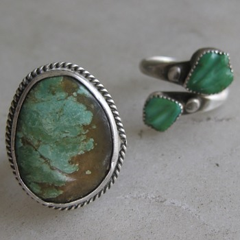 Unknown Native American maker - green turquoise rings - part 4