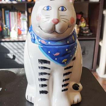 Cute Cat Cookie Jar
