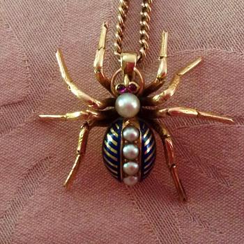 Gold spider - Fine Jewelry