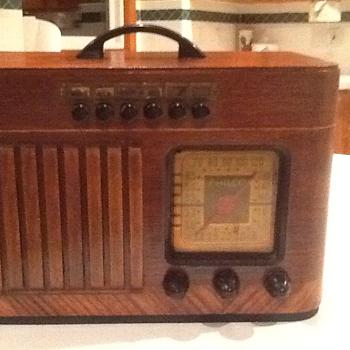 1940 Philco Radio
