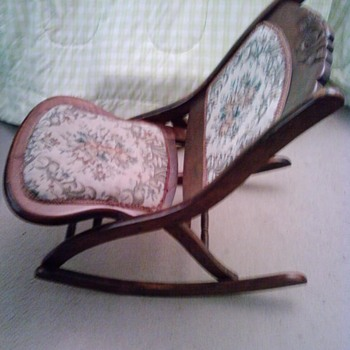 Does anyone know anything about this style chair? - Furniture