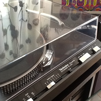 Technics HiFi cheap from flea market? - Electronics